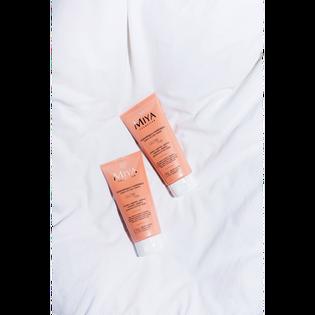 Miya Cosmetics_Glow Me_rozświetlająco-nawilżający balsam do ciała i dekoltu, 200 ml_3