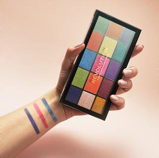 Revolution Makeup_Reloaded_paleta cieni do powiek colour, 16 g_2