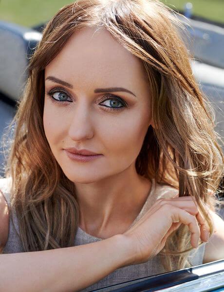 Makijaż Czekolada ze złotem - krok po kroku na blogu Hebe