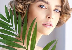 Makijaż z kosmetykami naturalnymi